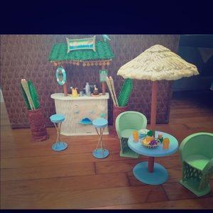 2003 Mattel Barbie My Scene Guava Gulch Tiki Bar